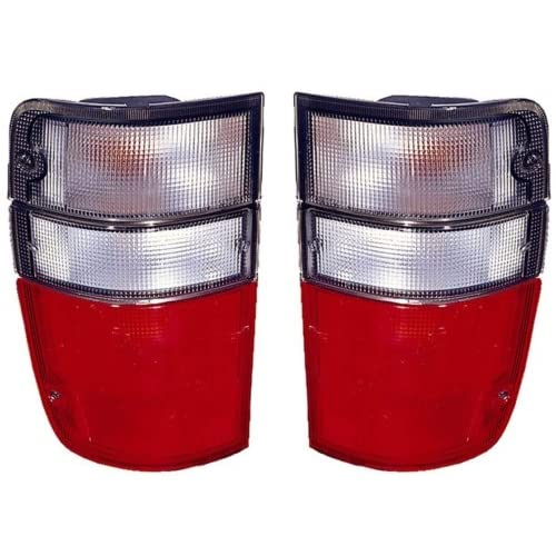 Chevy//GMC//Isuzu Replacement Tail Light Assembly 1-Pair