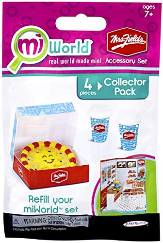 miWorld Mall Mrs Fields Accessory Set Collector's Pack - Cookie Cake and Hot Chocolates