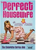 Perfect Housewife Series 1 [DVD]