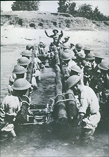vintage-photo-of-chinese-troops-prepare-for-action-at-large-us-training-center-in-india