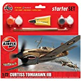 Airfix A55101 Curtiss P-40B Tomahawk 1:72 Scale Model Small Starter Set