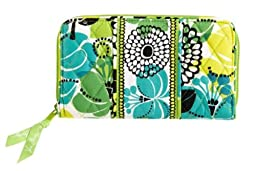 Vera Bradley Accordion Wallet in Lime\'s Up