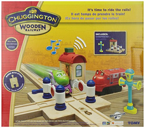 Chuggington Wooden Railway Lights and Sounds Crossing Platform with Vee