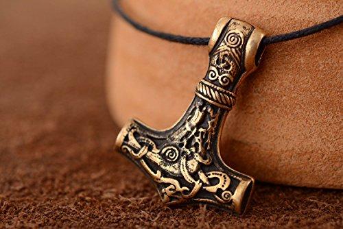 ethnischer-anhanger-aus-bronze