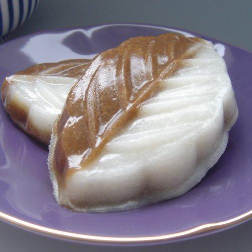 【小樽 野島製菓】べこ餅黒糖 12個入り