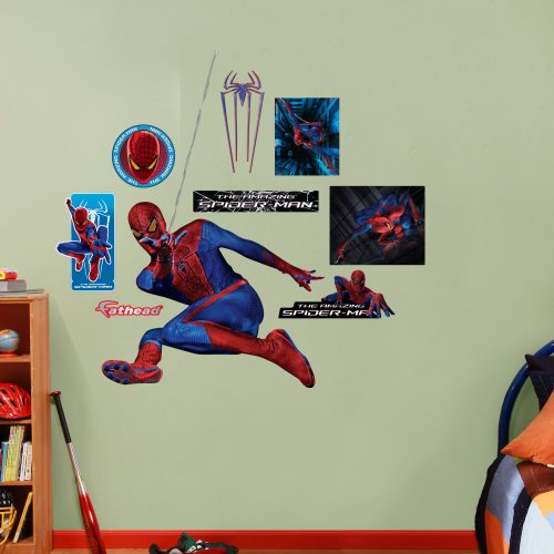 FATHEAD The Amazing Spider-Man: Swinging Graphic Wall Décor - 1