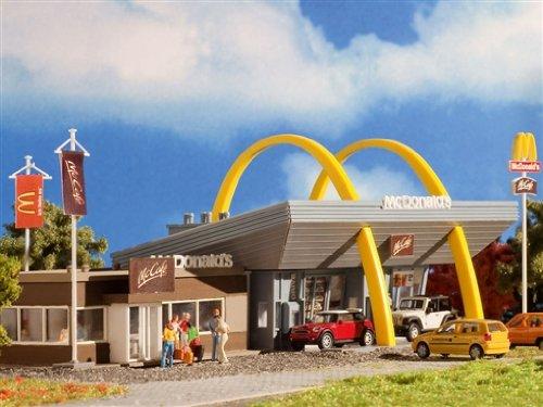 3635-vollmer-h0-mcdonalds-restaurant-mit-mccafe