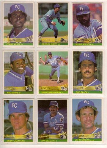 Kansas City Royals 1984 Donruss Baseball Team Set (George Brett) (Willie Wilson) (Frank White) (Bud Black) (Dan Quisenberry) (Hal Mcrae) (Don Slaught) (John Wathan) (Danny Jackson) (Larry Gura) (Willie Aikens) (Ul Washington) (Paul Splittorff) (Pat Sherid