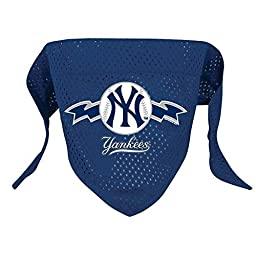 Hunter MFG New York Yankees Mesh Dog Bandana, Large by Hunter Manufacturing - Pets