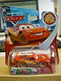 Disney Pixar Cars - Dirt Track Lightning McQueen with Lenticular Eyes