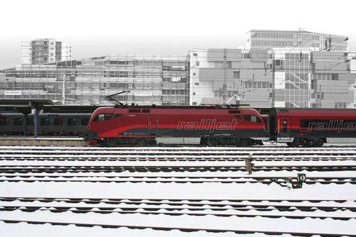 Roco 62361 OBB Rh1116 RAILJET Electric Locomotive VI