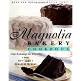 The Magnolia Bakery Cookbook: Old-Fashioned Recipes from New York's Sweetest Bakeryby Jennifer Appel