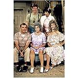 Vicki Lawrence (8 inch by 10 inch) PHOTOGRAPH The Carol Burnett Show Mama's Family Vicki! Full Body on Set w/TV Family Pose 2 kn