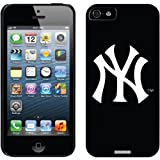 Coveroo New York Yankees NY Design Thinshield Snap-On Case for iPhone 5