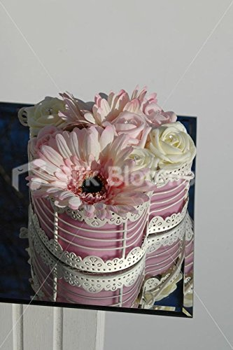 Rose mignon et en forme de cœur Ivoire de table W/gerbera et roses