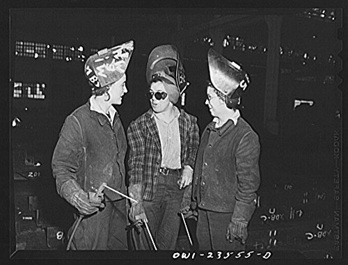 1943 Photo Bethlehem-Fairfield shipyards, Baltimore, Maryland. Woman welders in a fabricating shop Location: Baltimore, Maryland (Historic Hotel Bethlehem compare prices)