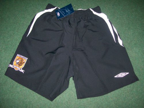 Official Umbro Hull City FC Football Goalkeeper Shorts Black Juniors LB