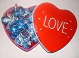 Valentine American Hershey cookies & creme kisses love heart tin