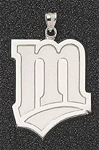 Minnesota Twins Giant 1 3 8 W x 1 3 4 H M Pendant - 14KT Gold Jewelry by Logo Art
