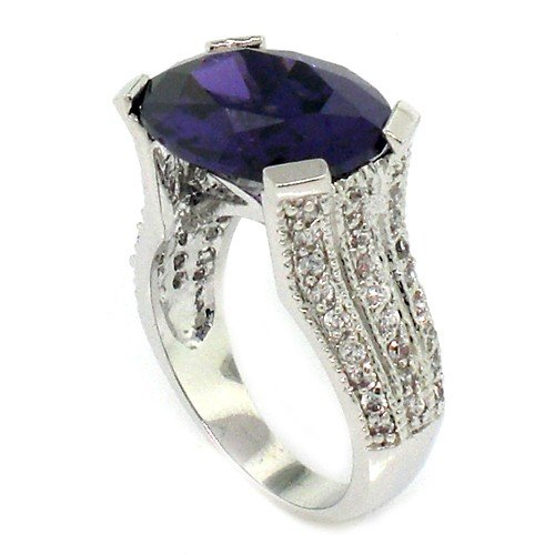 Vintage/Modern Engagement Ring w/Amethyst &#038; White CZs Size 5