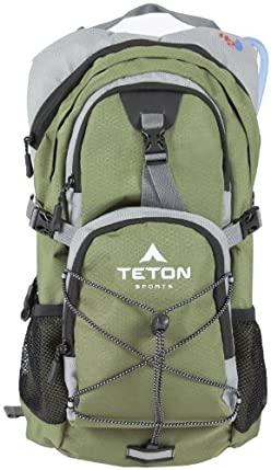 Teton Sports Oasis 1100 Hydration Backpack With Bladder 18.5&quot;x 10&quot;x 7&quot; Green
