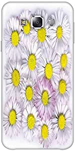 Snoogg daisies isolated on a white background Hard Back Case Cover Shield ForSamsung Galaxy E5
