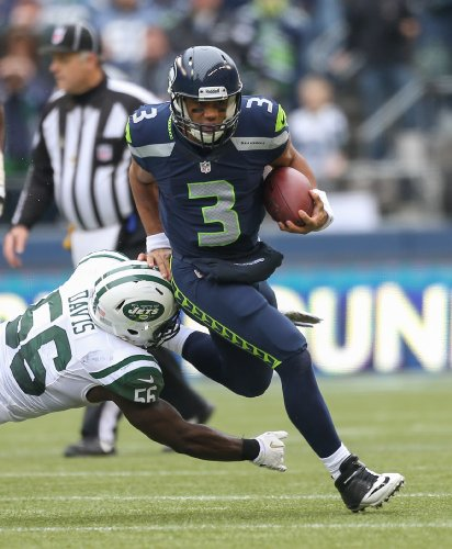 Russell-Wilson-Poster-Photo-Limited-Print-Seattle-Seahawks-NFL-Football-Player-Sexy-Celebrity-Athlete-Size-24x36-1