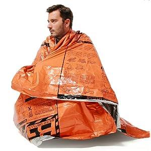 サバイバルシート★アウトドアスポーツ☆♪緊急時 体温維持 に 目に優しく 救難信号 にも目立つ オレンジ色 と シルバー の リバーシブル 非常用 レジャー スポーツ 事故 に備えましょう! 重宝する3枚セットです