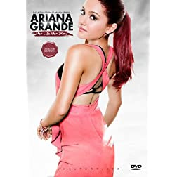 Grande, Ariana - Her Life, Her Story