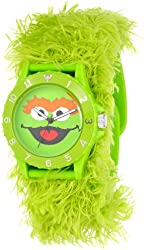 Sesame Street Kids' SW4930OS Oscar the Grouch Green Furry Slap Watch