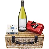 Cloudy Bay Sauvigion Blanc and Chocolates Hamper