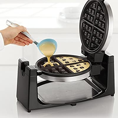 BELLA 13991 Rotating Waffle Maker