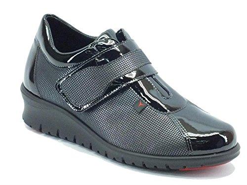 Sneakers Cinzia Soft per donna in ecopelle nera lucida con velcro (Taglia 39)