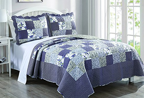 Dada Bedding Reversible Patchwork Plaid Floral Blueberry Patch Bedspread Quilt Set, Navy Blue, King, 3-Pieces (Blue King Size Quilt compare prices)