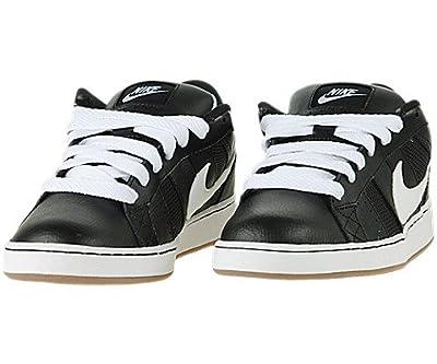 Nike Isolate