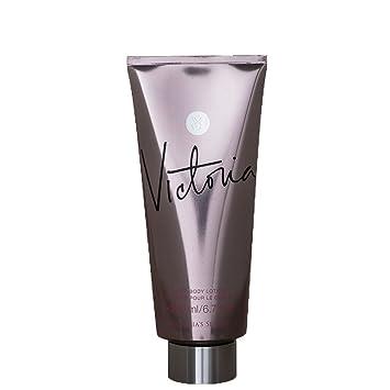 Victoria's Secret 260816 Ajakápolás