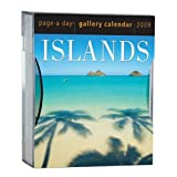 "Islands Gallery Calendar [With Plastic Holder] (Page a Day Gallery Calendar)von ""Workman Publishing..."""