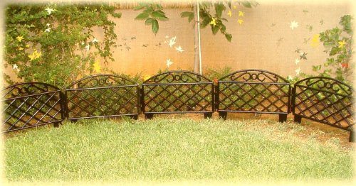 8 Sections of Interlockable ABS Lawn Edging-Black Fence, 12ft x 11