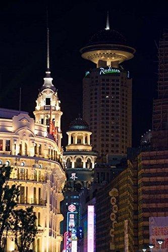 paul-souders-danitadelimont-the-radisson-hotel-and-neon-lit-shopping-district-along-nanjing-road-sha