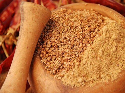 Brotgewürz 'Rustikal' Gewürzmischung, grob, ohne Geschmacksverstärker, ohne künstliche Zusatzstoffe, 100g