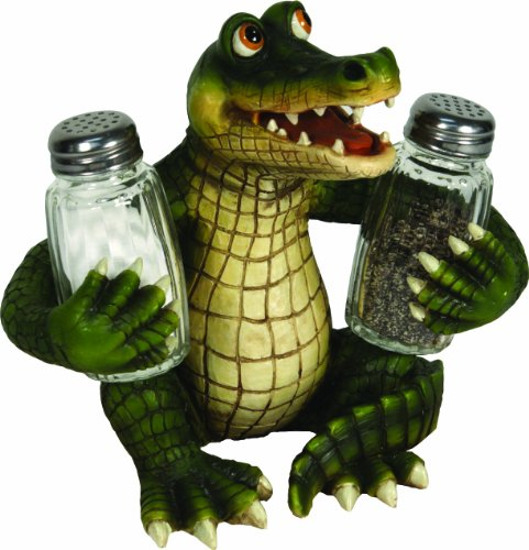 alligator collectibles - salt and pepper shaker