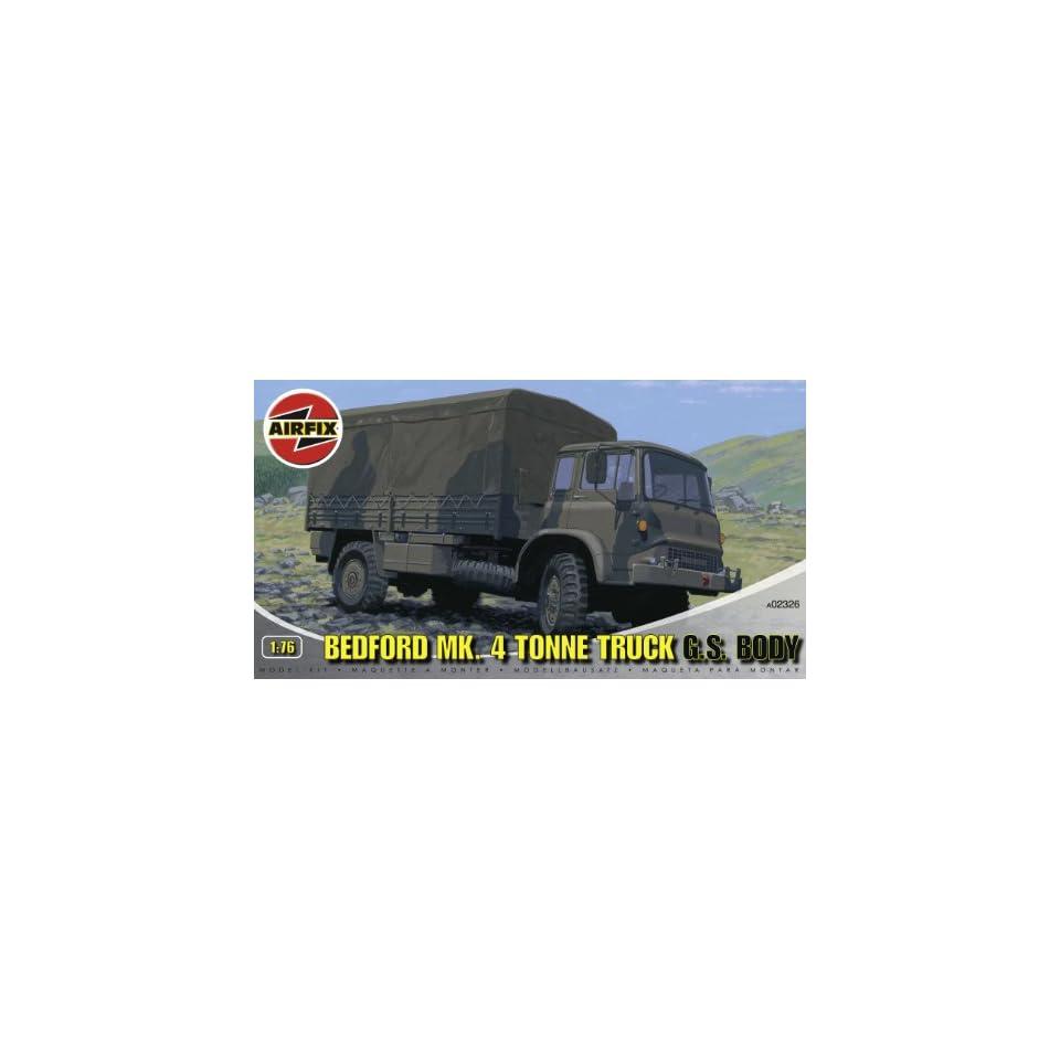 Airfix A02326 176 Scale Bedford Mk4 Tonne Truck Military Vehicles Classic Kit Series 2