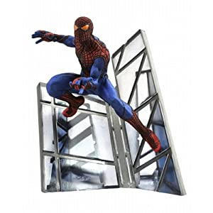 Diamond Select Toys Amazing Spider-Man Movie: Spider-Man Resin Statue