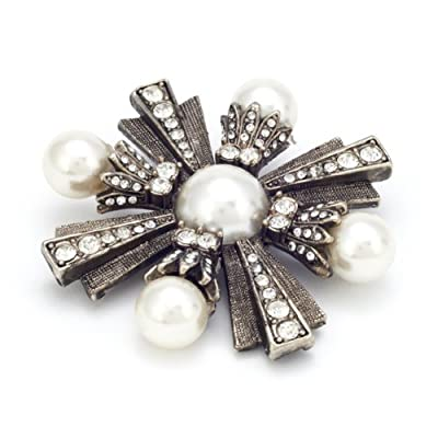 Regal Star Brooch