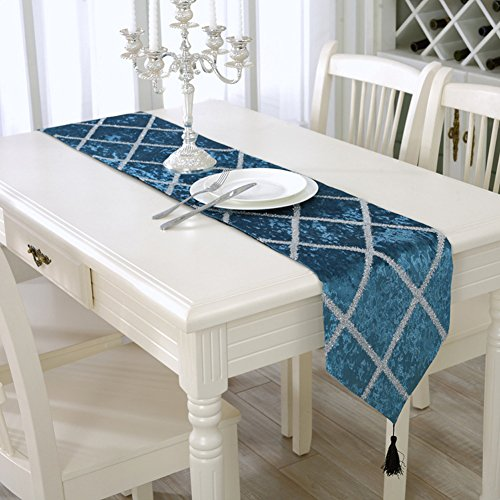 Aothpher classic tassel elegant glitter table runner for 11x table