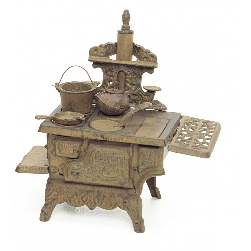 Cast Iron Miniature Stove Set ~ Cresent with Cookware