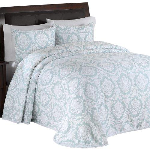 Lamont Home Nadine Reversible Matelasse Queen Bedspread, London Fog front-431592