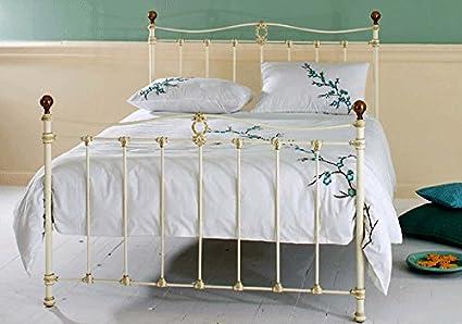 Dormitorios : Cabecero o Cama Mod. CAMELIA (piecero alto)