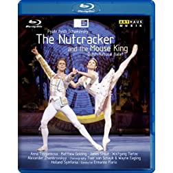 Nutcracker &amp; The Mouse King [Blu-ray]