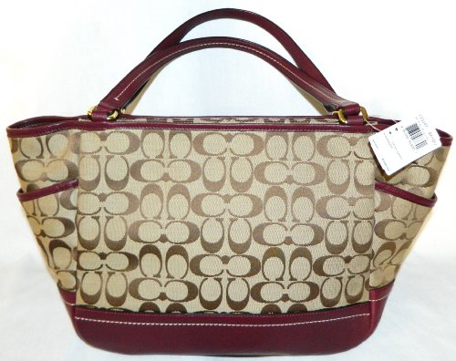 Coach   Coach 23297 Park Signature Carrie Tote in Khaki & Burgundy